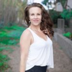 Show #016 – Woman's Nutrition Coach Erin Burkes Discusses Holistic Living, Lifestyle 'Diet,' and Emotional Eating!